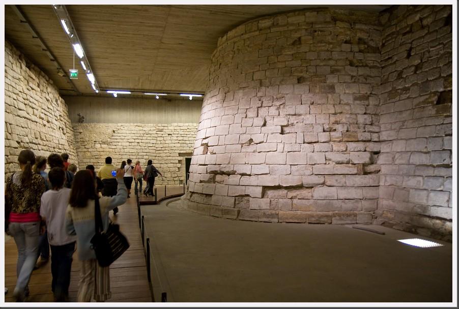louvre 22 louvre castle basement